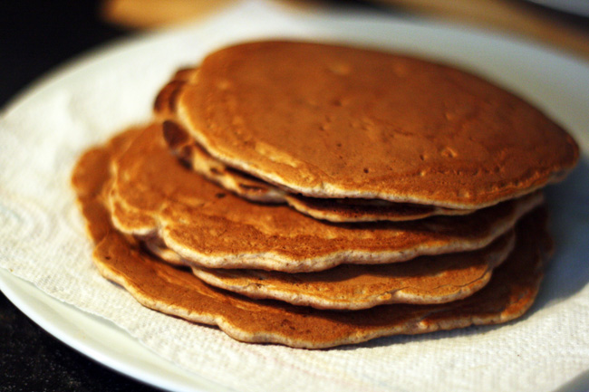 whole wheat walnut pancakes