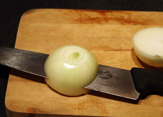 how to chop an onion, step 3