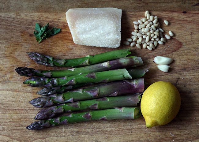 asparagus pine nuts lemon recipe