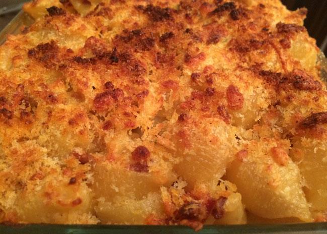 smoky chorizo mac and cheese