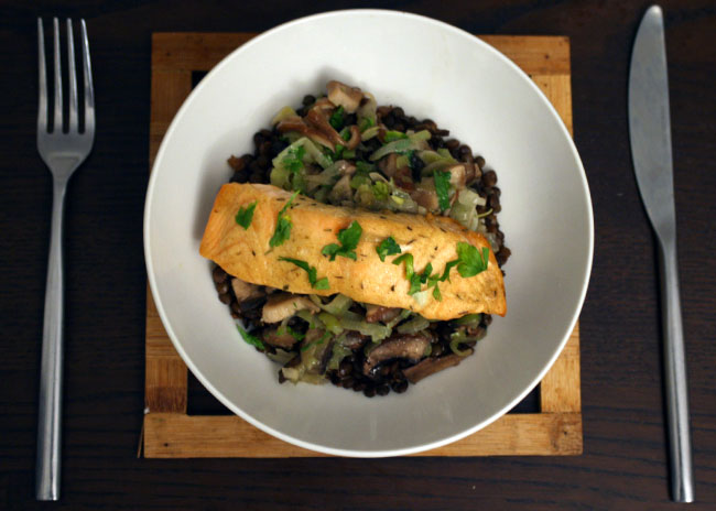 dijon salmon with mushrooms, leeks and lentils