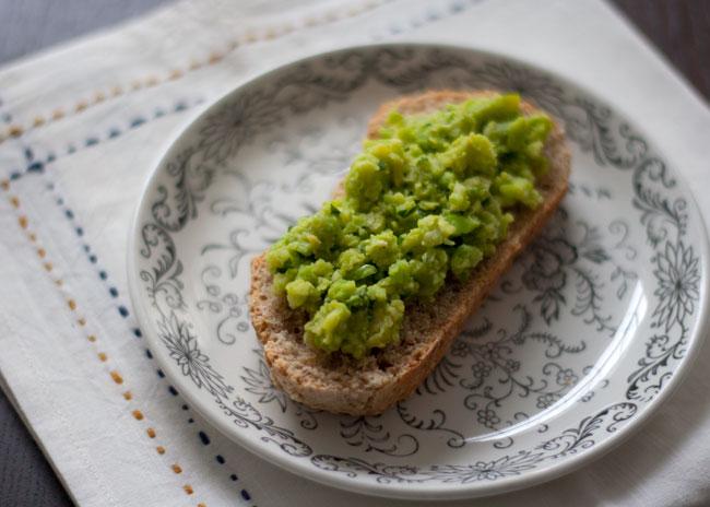 fava bean / broad bean crostini