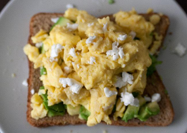 scrambled eggs with avocado
